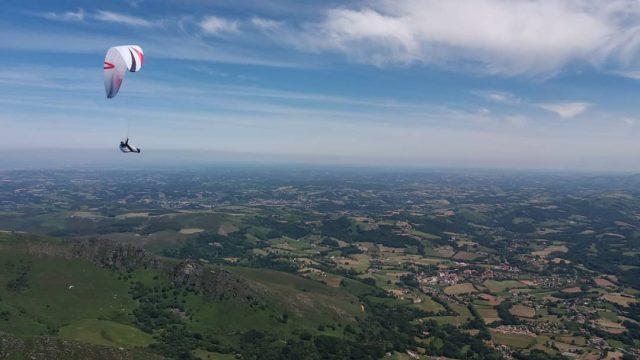 Chrigel Maurer - C'est parti pour la traversée des Pyrénées - ©