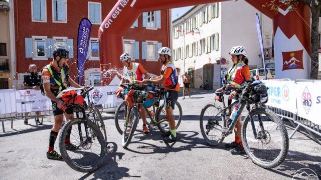 Victoire et 6ème place pour les 2 équipes du team FMR sur la sud raid aventure race - ©